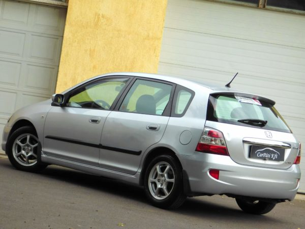 manuális váltós autó bérlés