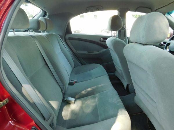 Chevrolet Lacetti 1.4 16v Star AC klímás autó bérlés Budapest 5500 Ft/nap (havi bérlés esetén) 9