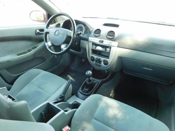 Chevrolet Lacetti 1.4 16v Star AC klímás autó bérlés Budapest 5500 Ft/nap (havi bérlés esetén) 8