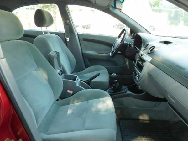 Chevrolet Lacetti 1.4 16v Star AC klímás autó bérlés Budapest 5500 Ft/nap (havi bérlés esetén) 10