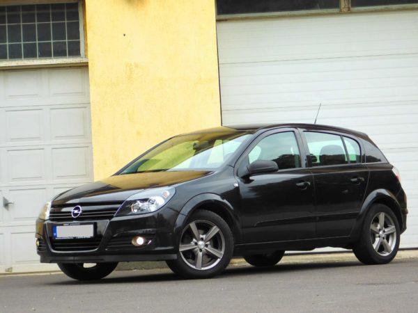 Opel Astra H bérlés 5