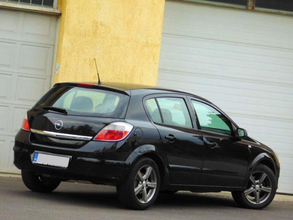 Opel Astra H bérlés 3
